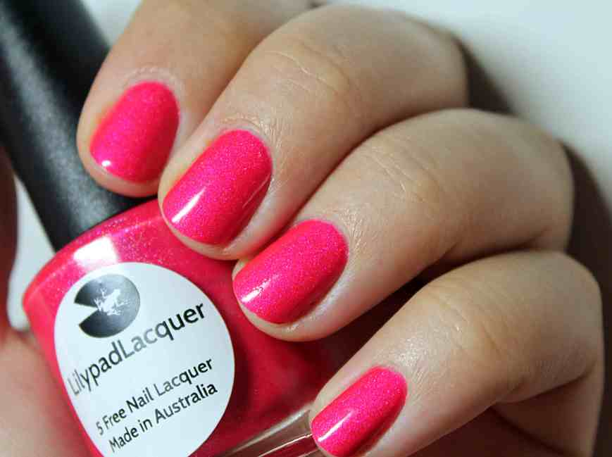 Didichoups - Lilypad Lacquer - Pink Flamingo 02