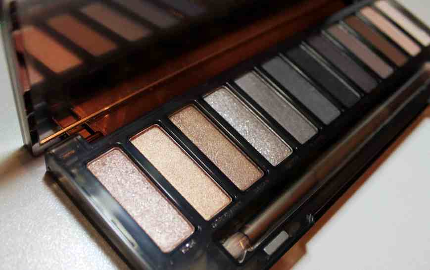 Didichoups-Urban Decay-Naked Smoky 06