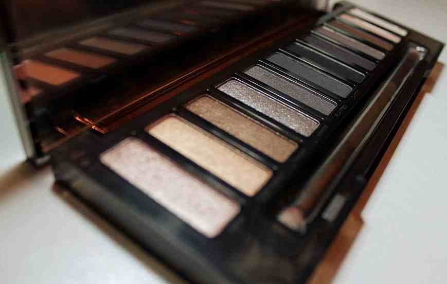 Didichoups-Urban Decay-Naked Smoky 07
