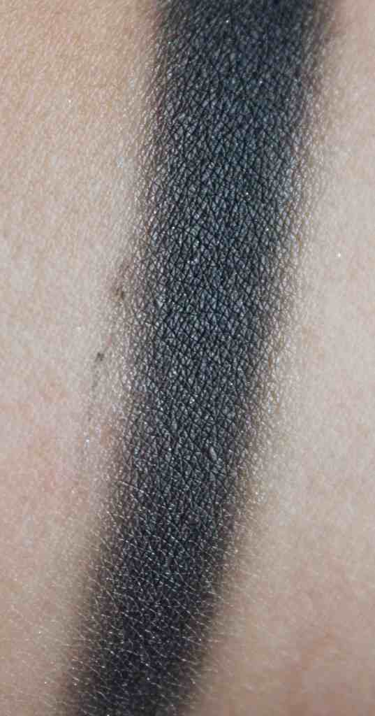 Didichoups-Urban Decay-Naked Smoky - Dagger 02