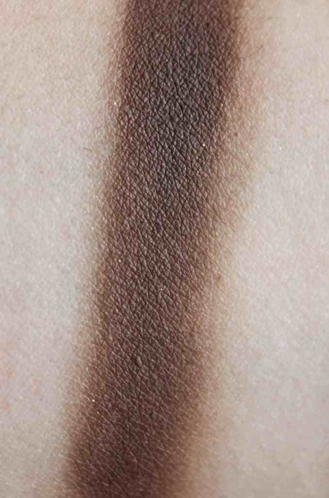 Didichoups-Urban Decay-Naked Smoky - Whiskey 02